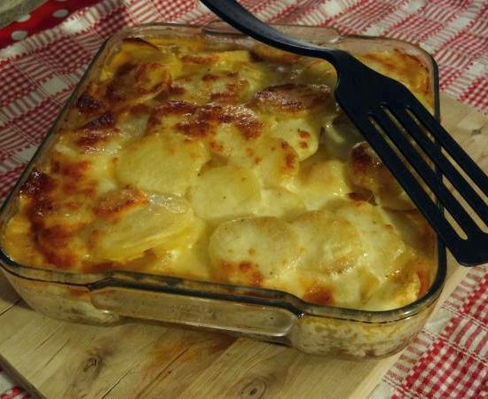 gratin de carottes et pommes de terre recipe. Black Bedroom Furniture Sets. Home Design Ideas