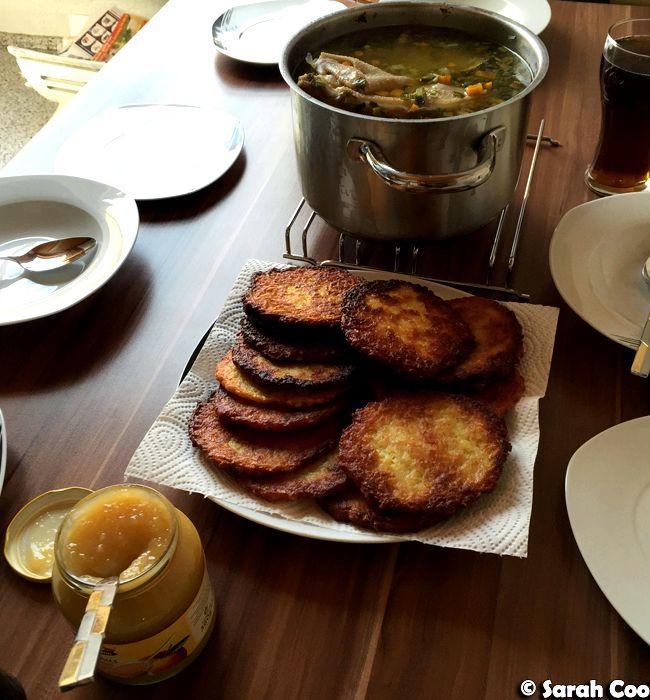 kartoffelpuffer mit apfelmus recipe for chicken. Black Bedroom Furniture Sets. Home Design Ideas