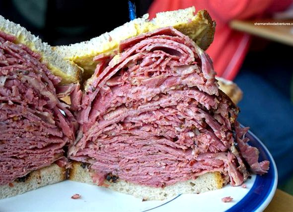 Montreal smoked meat sandwich recipe