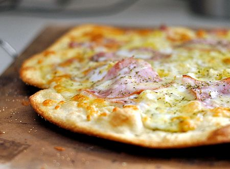 Thin crust pizza dough recipe yeast free