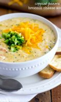 Easy cheesy broccoli soup recipe