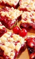 Fresh sour cherry crumble pie recipe