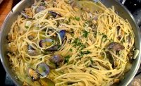 Lidias spaghetti with clam sauce recipe