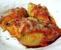 Meat and ricotta cheese stuffed shells recipe