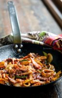 Pork and stir-fried vegetables with spicy asian sauce recipe