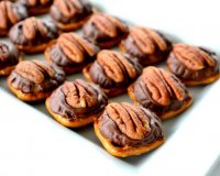 Pretzels and rolo candy recipe