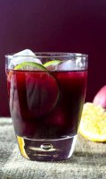 Sangria recipe with red wine and orange juice