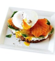 Smoked salmon egg sandwich recipe