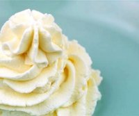 Whipped cream icing recipe for cupcakes